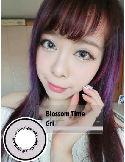 Blossom Time Gri Circle Yıllık Lens