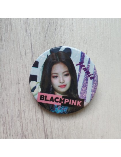 BlackPink Jennie Rozet